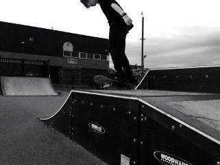 photography skateboarding coppull black & white