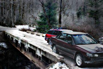 cars subaru rainyday bridge nature