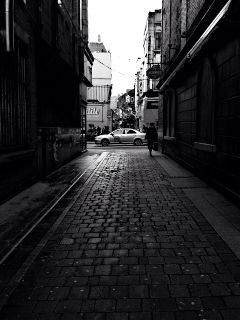 alleyway dublin ireland blackandwhite